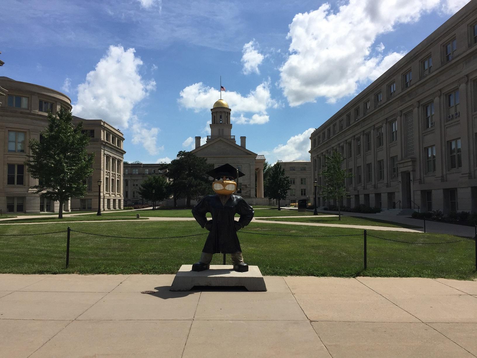 アイオワ州,大学,ロースクール...